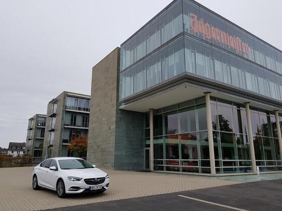 Summit White am Jägermeister HQ